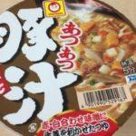 【マルちゃん】あつあつ豚汁うどんの原材料と添加物